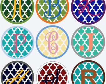 Quatrefoil monogram decal - single letter - choose your colors