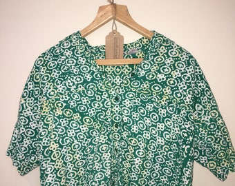 Vintage cropped cotton batik blouse with boxy / oversized fit