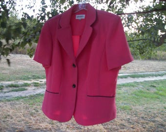 Retro 80s 90s Pretty Office Synthetic KNIT SALMON SUIT Top, w Black Detailing, Shoulder Pads, Short Sleeves,16