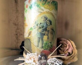 Candle decorated with vintage ephemera old 13 cm