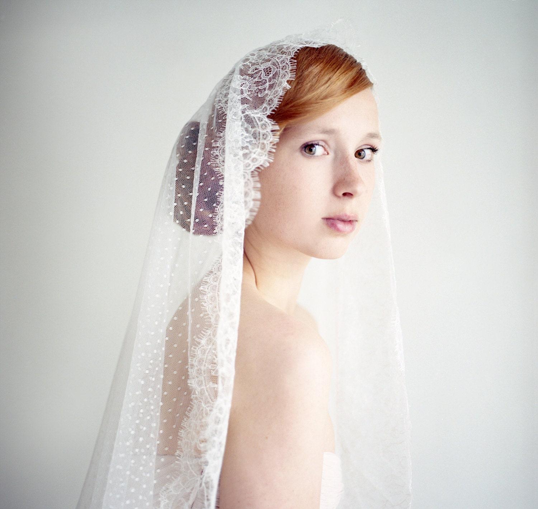 Wedding Veil Fingertip Length Bridal Veil Lace Mantilla