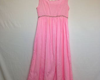 Vintage 1970s Pink Eyelet and Rose Babydoll Scalloped Bust Maxi Dress