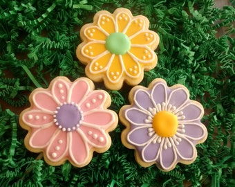 12 flowers any occasion  sugar cookies,  daisy flowers, easter,birthday ,wedding,get well,thank you
