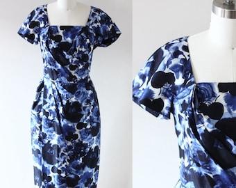 1960s blue floral wiggle dress // wiggle dress // vintage dress