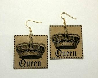 25# Queen Earrings