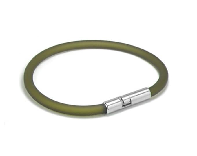 Green Rubber Bracelet 5mm Rubber 6mm Clasp