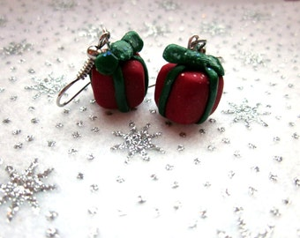 Christmas Present Earrings, Festive Earrings, Christmas Jewelry, Polymer Clay Earrings, Xmas Jewellery, Colourful Christmas Present