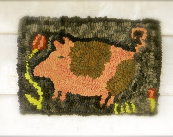 Charlotte Swine - rug hooking pattern - Paper or Linen- from Notforgotten Farm™