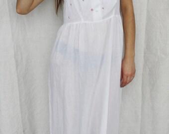 Nightgown White night dress French night dress Romantic nightgown Cotton nightie Embrodery dress Sleepwear Underdress dress Pink roses dress