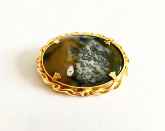 Victorian Style Oval Agate Pin, Brooch, Pendant in Gold Toned Bezel Setting, Natural Polished Agate