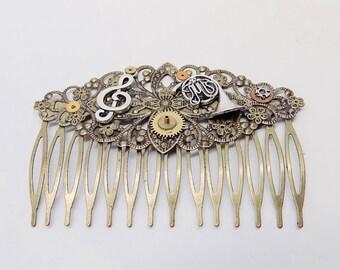 Steampunk jewelry. Steampunk brass hair comb.