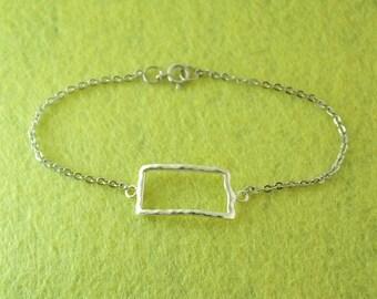 North Dakota Map Bracelet,Custom Map Bracelet,Personalized North Dakota Bracelet,Map pendant,custom jewelry,North Dakota custom jewelry