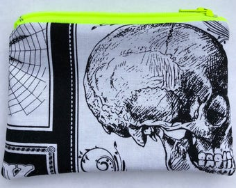 Arsenic Poison Zipper Pouch: Skulls, Halloween.