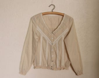 Ivory Blouse Folk Style Blouse Long Sleeve Lace Trim  Top Gorgeous Romantic Button up Peasant Shirt