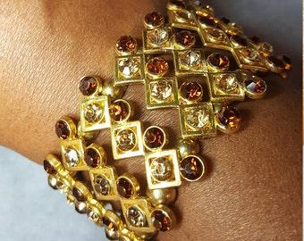 Gold and topaz women's bracelet