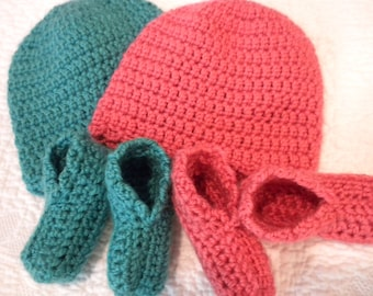 Faith and Hope Layette crochet cap and booties