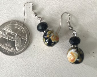 Vintage Sterling Silver Black Bead with Flower Earrings - AB