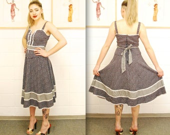 1970's/80's Mauve Floral GUNNE SAX Sun Dress Dress with Lace Up Bodice / Gunne Sax by Jessica / Rare Collectable Retro