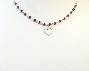 Choker necklace in 925 sterling silver and Garnet with a heart Rosary chain