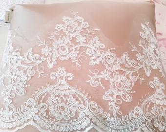 "Lace Precious Lace ""MARIA LUISA"""