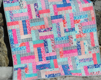 PDF Quilt Pattern.... Easy Beginner Quick ...Strip and Jelly Roll Friendly, Scrappy Ever After