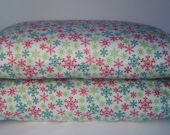 Red and Green Snowflake Christmas Cotton Flannel Pillowcase Set, Standard/Queen Size Set of 2