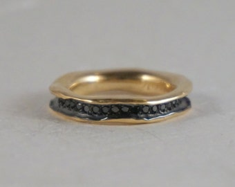 Black diamond eternity wedding band ring organic style in 14k yellow gold