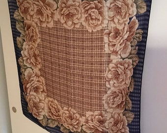 Echo Wool Cabbage Rose Scarf