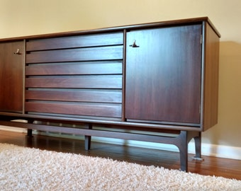 """Mid Century Distinctive Furniture by Stanley  """"American Forum"""" Collection Buffet / Sideboard"""