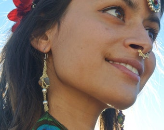 Tribal Earring with natural feathers. Handmade using natural feathers and stones. You can also apply on the hair.