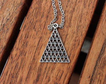 Pyramid II - necklace with silver-coloured triangle trailer / / necklace with silver triangle pendant
