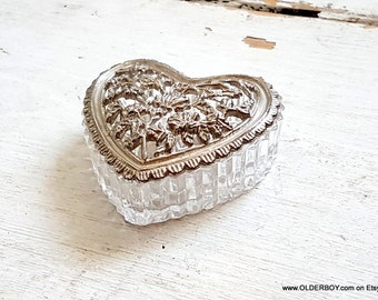 Vtg Heart Box opening glass heart metal casket with flowers motif casket glass pix wedding ring box heart shaped box for girls rose N10/698