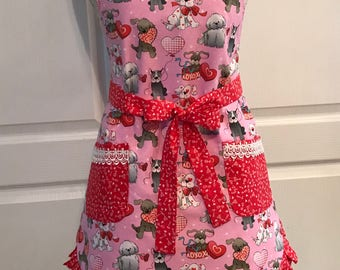 Valentine's Apron - Dogs - Puppies - Hearts - Roses - Woman's Full Apron – AmberCourtDesigns