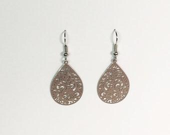 Medium Ornament Earrings in brown