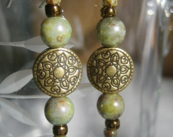 Picasso Green Luster Earrings