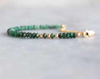 Emerald Bracelet, Ombre Gemstone Bracelet, Gift for Mom, Boho Jewelry, Gift for Her, Emerald Jewelry, May Birthstone Bracelet, Dainty