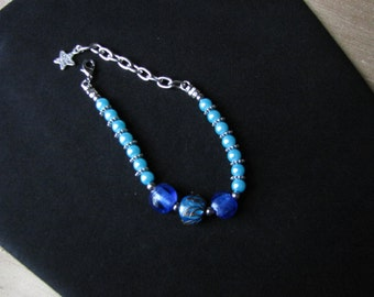 Blue Pearl and Lampwork Beaded Bracelet - Item Number 5166