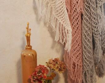 Cosy Fringe Shawl in Fretwork //Fine Wool