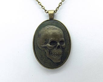 Metal Finished Day of the Dead Skull Cameo Necklace