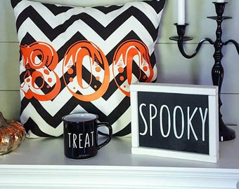 Boo Halloween pillow - Halloween throw pillows - READY to SHIP - fall decor - fall pillow - Halloween decor - fall pillow cover - BOO