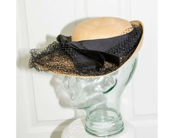 Vintage 1930's Lilly Dache Straw Woman's Hat with Black Ribbon and Netting