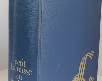 """Vintage 1986  """" Petit Larousse En Couleurs"""" Hardcover Book  Heavy and Thick  Edition-Langue Francaise French Dictionary/Encyclopedia"""