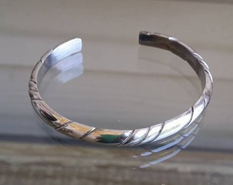 Vintage 23 grams sterling silver bracelet for very small wrist or childrens
