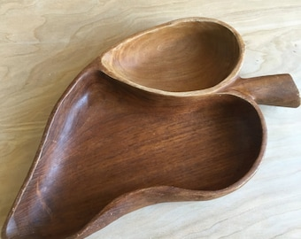 Vintage wood serving tray, leaf shaped, two sections, dark wood, 60s serving, entertaining, kitchenware, dinnerware, wooden, 1960s