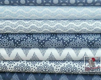 7 prints, 1 of each print, The alchemy, navy, blue, white, Camelot Fabrics, kit of 7 prints differents, see size chart
