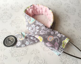 Padded Stethoscope Cover, Gift for a Nurse, RN, Doctor, Med Student, Nursing Student, Medical Assistant, EMT - Pastel Paisley with Baby Pink
