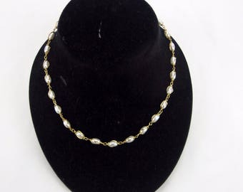 """Napier Faux Pearl Necklace Signed Fashion Jewelry 15"""" Vintage"""