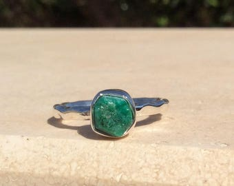US 6, Raw Stone Ring, Raw Emerald Ring, Silver Gemstone Ring, Rough Natural Gemstone, Rough Emerald Ring, Natural Gemstone Ring