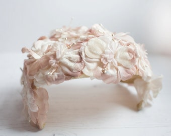 Stunning Vintage Ladies Hat 1940's/50's Pale Pink and White Flower Hat,  Gorgeous