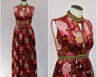 1970s floral print maxi dress · burgundy pink velvet evening gown · sleeveless floor length party dress · hostess cocktail dress · small